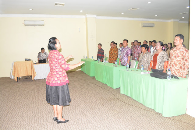 Guru Profesional dan Pembangunan Karakter Bangsa
