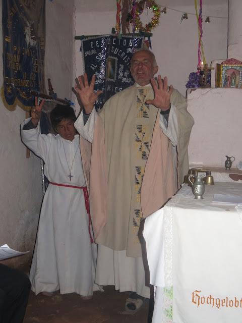 Ministrant Chacho ist 12 Jahre alt geworden