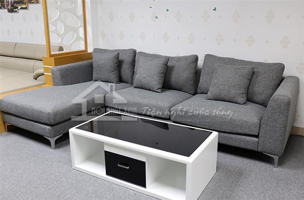 Ghế sofa nỉ với chân kiềng sang trọng