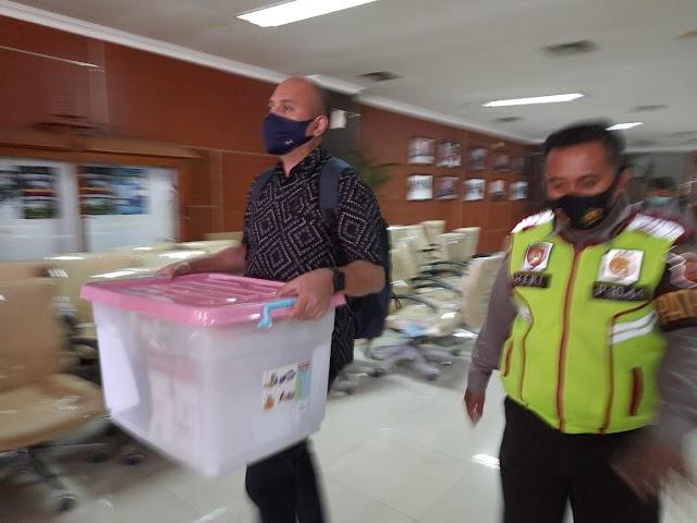Ada apa ?, KPK Geledah Gedung  DPRD Jabar