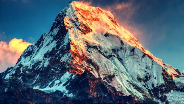Gunung Everest, Himalaya