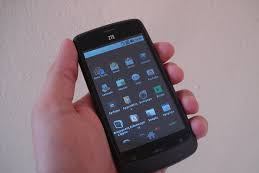 ZTE Memperkenalkan Smartphone 4G Murah