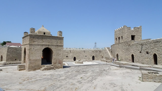 MUST SEE when having a few days in Baku