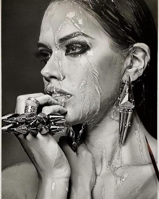Hyper Realistic Pencil Drawings