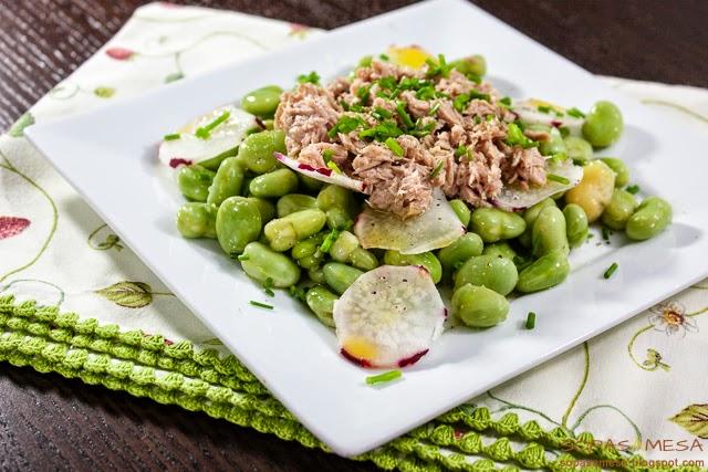Salada de Favas com Atum (fica pronta em apenas 25 minutos)... uma delicia!