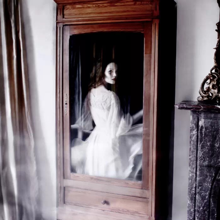 Фантастические и эмоциональные образы. Helen Warner