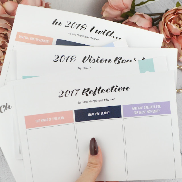 The Happiness Planner January - December 2018 Review, from Find Me A Gift   Lovelaughslipstick Blog