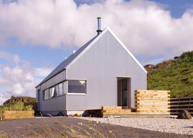 The Tinhouse Is A Holiday Home On The Scottish Island 1