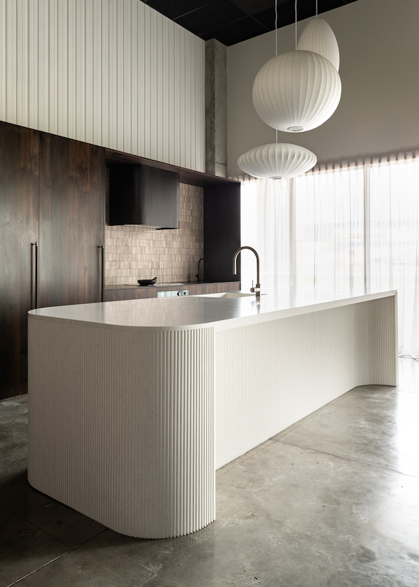 backsplash kitchen travertine tiles kitchen island