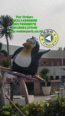 Jual Patung Pingun Fiber