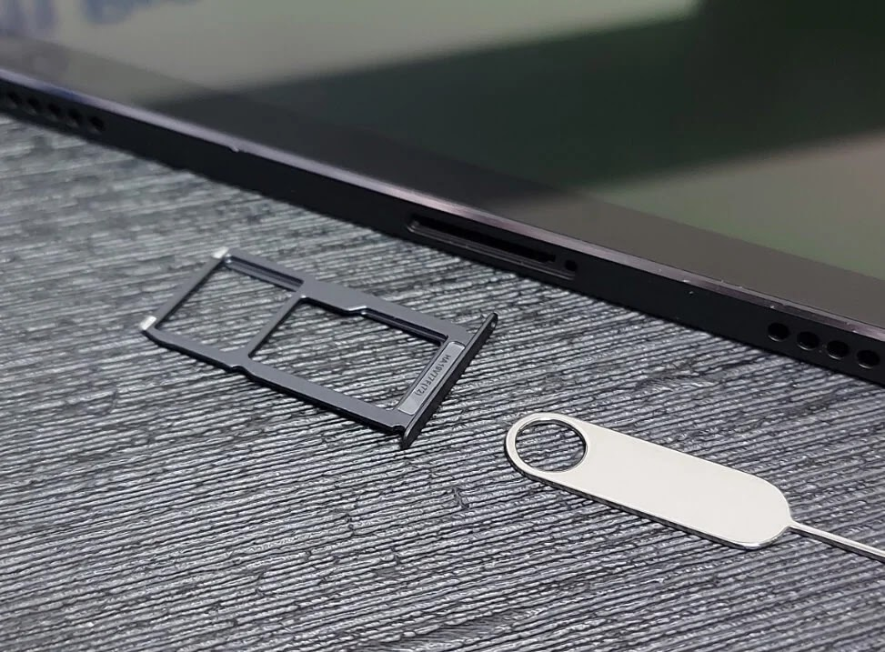 Lenovo Tab P11 Pro NanoSIM and MicroSD Card Tray