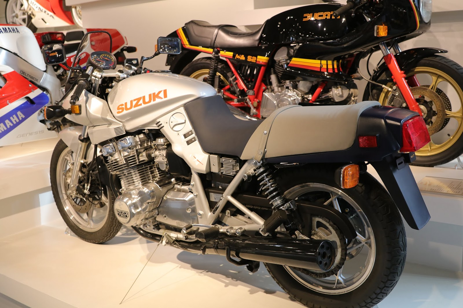 Sharp Sword: 1982 SUZUKI GS1000 KATANA - Rare SportBikes
