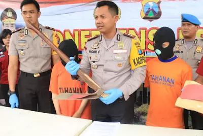 Contoh Teks Berita tentang Kriminal | Bahasa Indonesia Kelas 8 Semester 1 (Revisi)