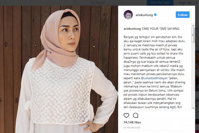 Arie Untung Minta Doa untuk Istrinya yang Mulai Berhijab