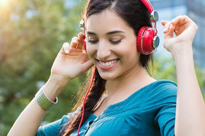 إنشاء قوائم تشغيل موسيقية تتغير وفقًا للحالة المزاجية لكل فرد