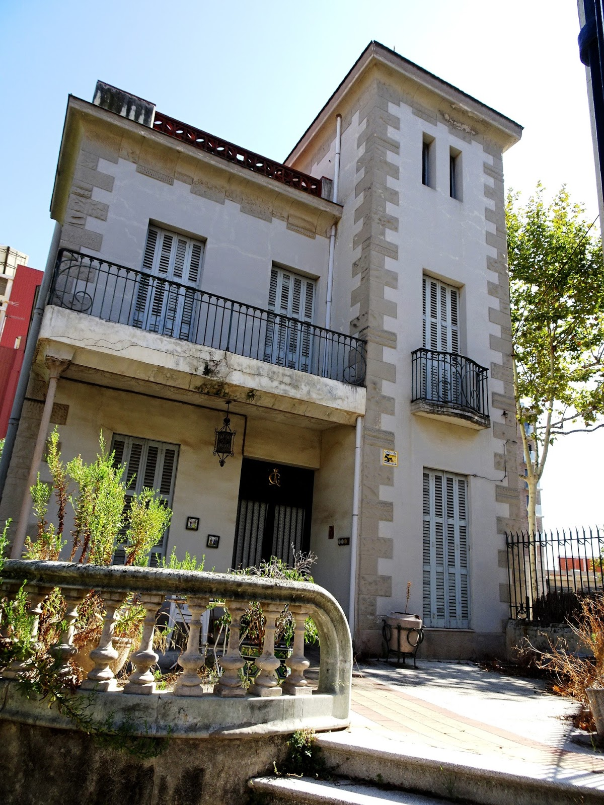 Redescubriendo barcelona y m s all 02 09 2017 badalona - Casa jardin badalona ...