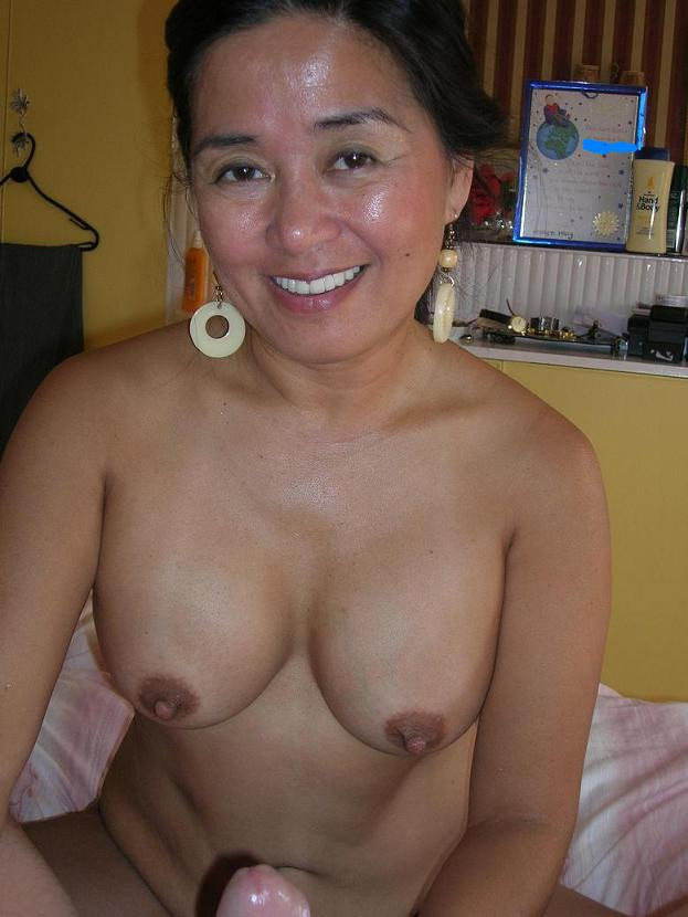 Nude gals of peru