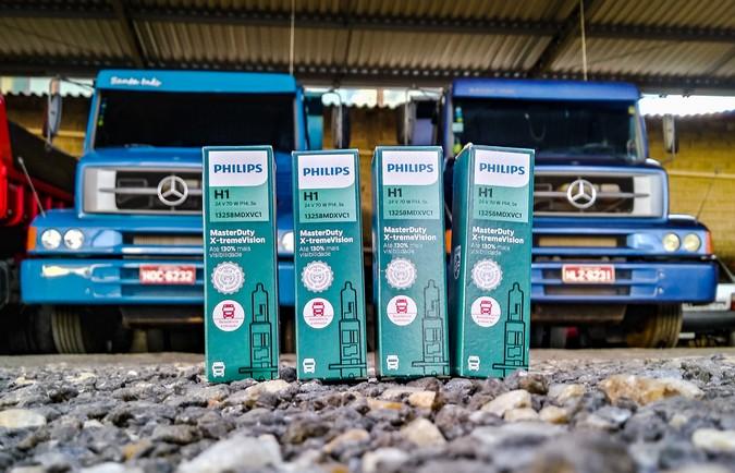 Caminhoneiros comprovam benefícios das lâmpadas Philips MasterDuty X-tremeVision