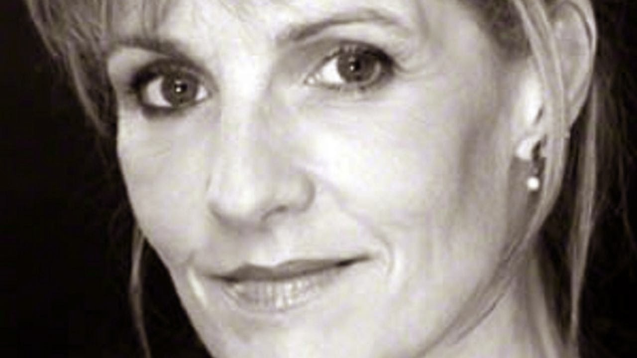 Elizabeth Norment