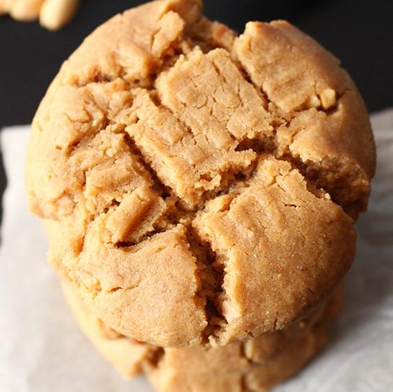 Classic (Vegan) Peanut Butter Cookies #veganrecipe #veganheaven