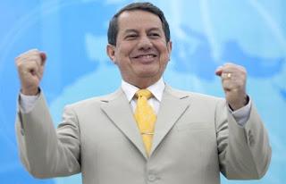 Justiça pede suspensão de passaporte diplomático de R.R. Soares