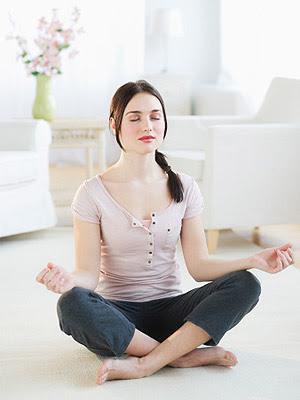 como meditar solo en casa