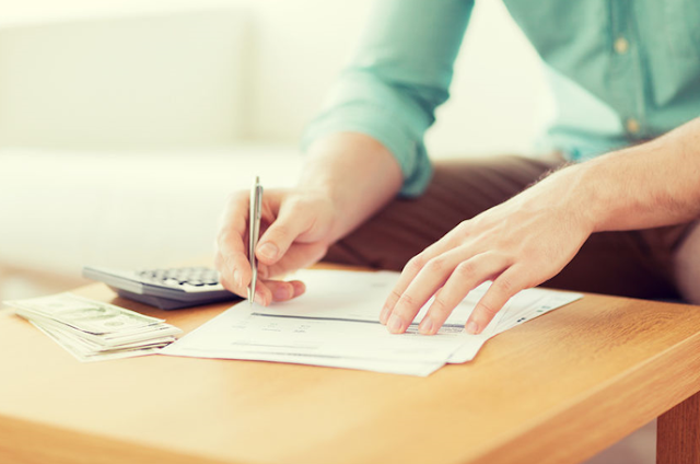 Bahaya Pinjaman Cepat untuk Bayar Utang