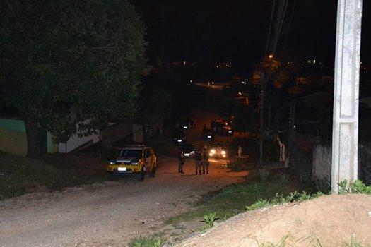 Assaltantes levam tiro de cliente em Bar Colombense
