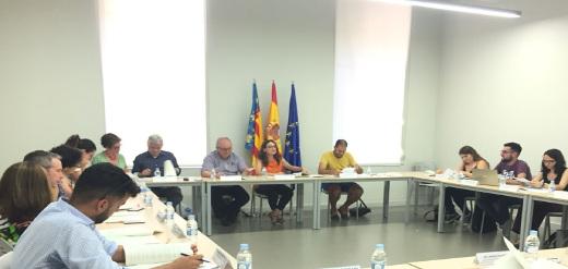 La vicepresidenta y consellera de Igualdad y Políticas Inclusivas, Mónica Oltra, ha presidido el consejo rector del Institut Valencià de la Joventut (IVAJ) en el que se ha aprobado el Pla Estratégico de Instalaciones juveniles del IVAJ, Albergs+.