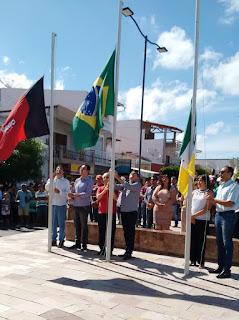 Picuí em Festa: Prefeito Olivânio (PT), recebe deputados e povo em geral no centro da cidade