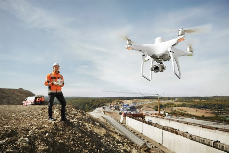 Drones DJI auxiliam equipes de resgate em terremoto na China