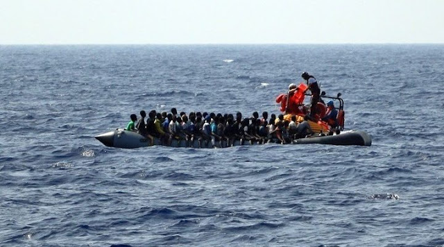 Σκάφος με σημαία Τουρκίας και Ρώσους για πλήρωμα έφερνε μετανάστες!
