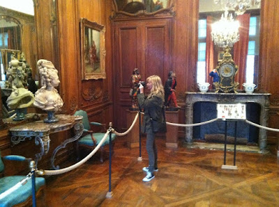 image result for blonde Michele of Hello Lovely Studio in Musee Carnavalet with her camera