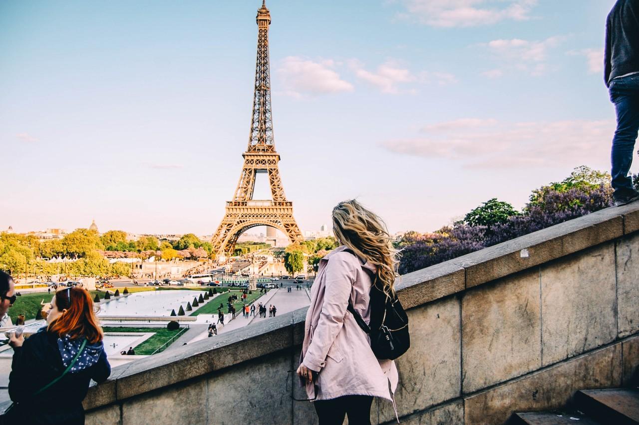 pariz-grad_ljubavi-romantika-putovanja-travel-Eiffelov_toranj-louvr-katedrala_Notre_Dame
