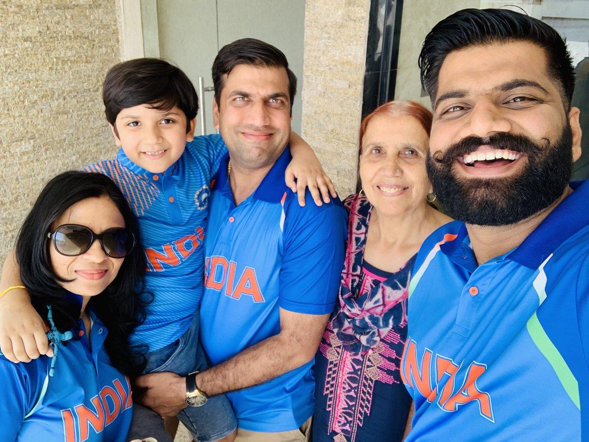 Tecnical Guruji With Family
