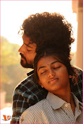 Tholipremalo Movie Stills-thumbnail-5