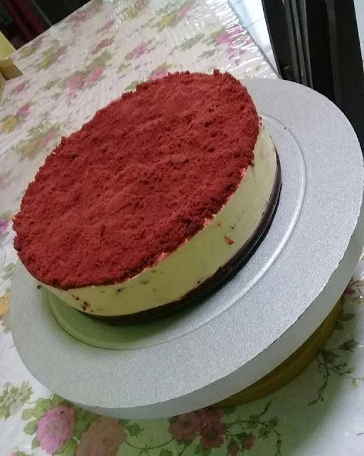 red velvet oreo cheesecakeaa(no bake)