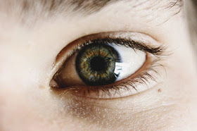 Theboegis : 8 Eye Disorders That Can Become Symptoms of Serious Disease