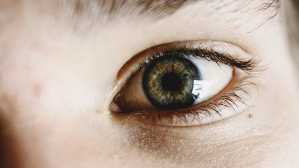 8 Eye Disorders That Can Become Symptoms of Serious Disease