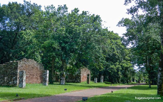 Vestígios de moradias na Missão Jesuítica de San Ignacio Miní