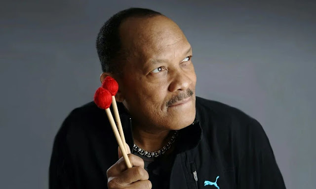 Roy Ayers revient avec Adrian Younge et Ali Shaheed Muhammad pour Jazz is Dead 002