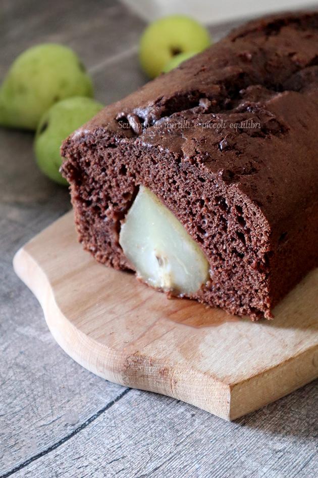 Cake al cacao e pere