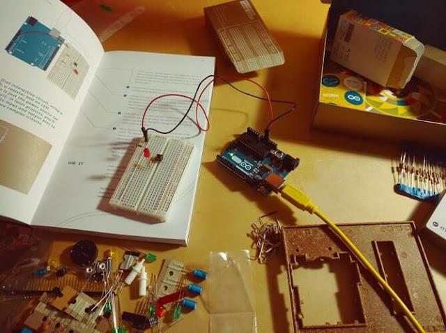 Ini Dia Perbedaan Void Setup() dan Void Loop() Pada Arduino