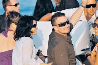 Bono y Ali en St Tropez, Francia en Agosto de 2011