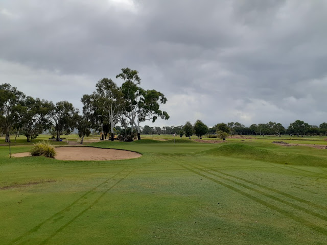 Rowes Bay 3rd green
