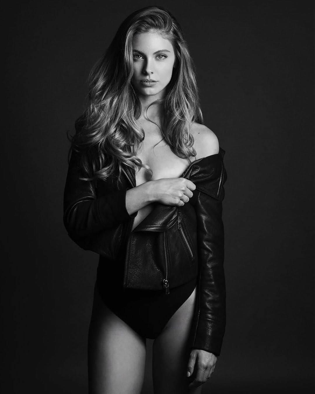 Carmella Rose 9