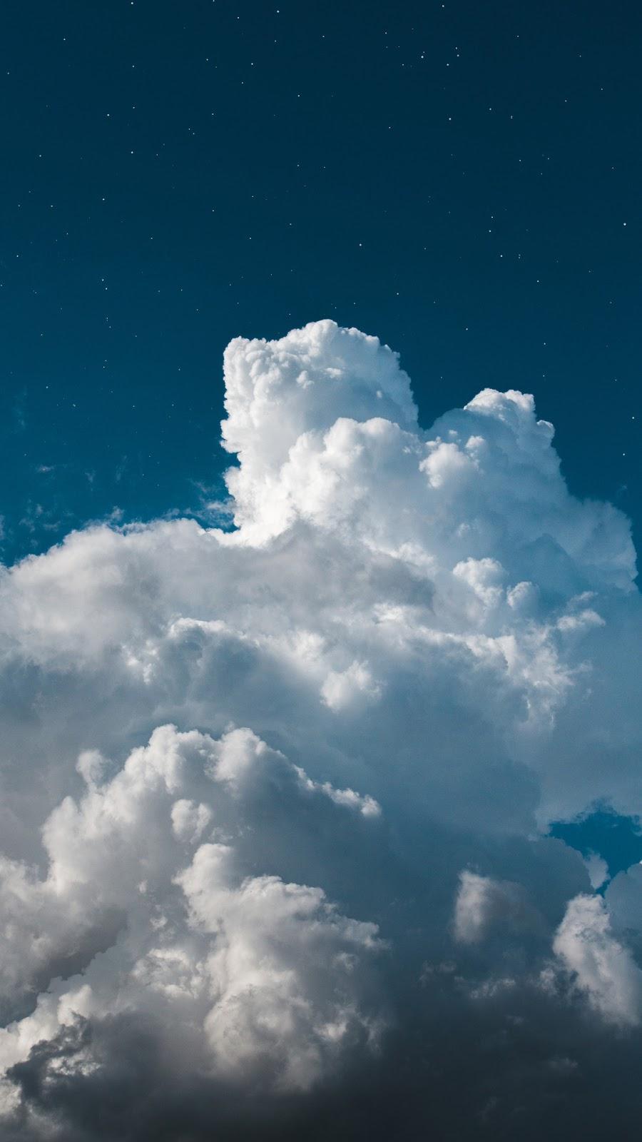 Hình nền mây trên bầu trời