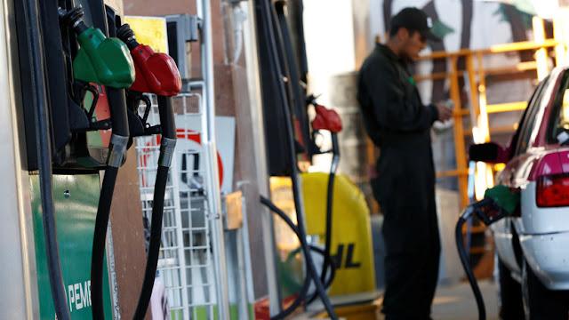 Suspenden a gasolineras en México que se negaban a vender combustible a fuerzas de seguridad por amenazas del narco