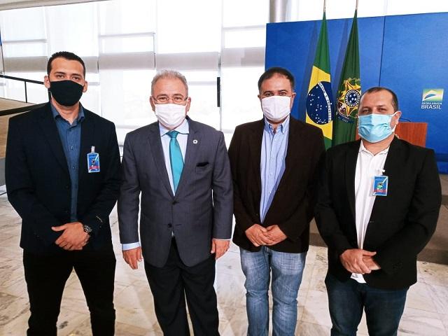 Comitiva registrense busca recursos em Brasília para investimentos na Saúde
