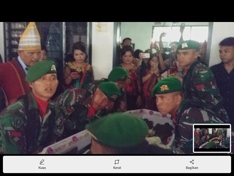 """Video, Penghormatan Pejuang""""45 Gr. TR. Tambunan oleh Pasukan Yonif 122 dan Kodim 0207/Simalungun"""